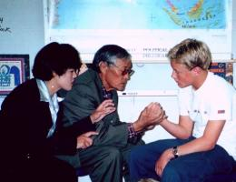 Dr. Kunsang and Dr. Tashi Pedon giving some consultation, during a Tibetan Medicine lecture in St- Barbara (CA, USA, 1999).